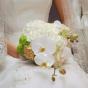 Bukiet z białych storczyków i santini