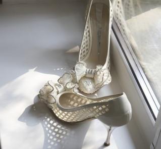 Skórzane buty z kokardką