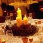Gniazdo dla świec - oryginalna dekoracja stołu weselnego