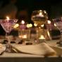 Dekoracje ze świec żelowych w kieliszkach