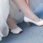 Białe skórzane buty do ślubu