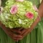 Ozdoba Panny Młodej - bukiet z hortensji i róż
