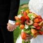 Tulipany, kantadeski, hortensja w bukiecie ślubnym