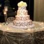 Tort weselny z misternym wzorem