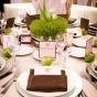 Stół weselny z kiełkującym owsem
