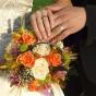 Bukiet ślubny - z róż i santini