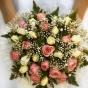 Jesienny, różowo-kremowy bukiet z róż