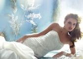 Wybierz idealną suknię ślubną - jak ukryć mankamenty figury na ślubie?