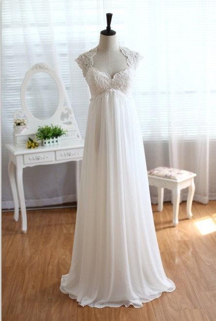 Suknia ślubna w stylu empire